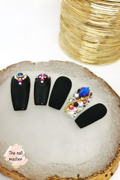 Matte Nails, Black Nails, Gel Nails, Stick On Nails, Glue On Nails, Swarovski Stones, Stones And Crystals, Acrylic Nails Price, Best Press On Nails