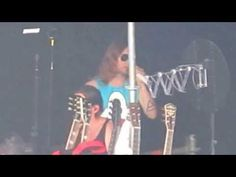 Hot dancing Shannon (Thirty Seconds To Mars - Birth in Bayonne 19.7.2013 - YouTube)