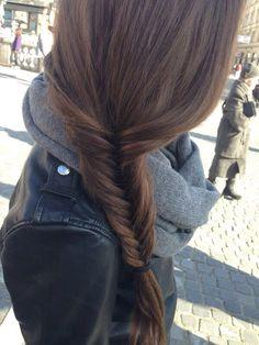 braid fish tail braid, love wearing my hair like this Love Hair, Gorgeous Hair, Couleur Ombre Hair, Pretty Hairstyles, Short Hairstyles, Style Hairstyle, Hairstyle Ideas, Fish Tail Side Braid, Fishtail Braid Hairstyles