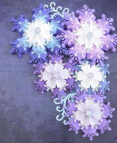 Diy Christmas Snowflakes, Christmas Origami, Paper Snowflakes, Christmas Diy, Frozen Snowflake, Xmas, Large Paper Flowers, Paper Flower Wall, Paper Flower Backdrop