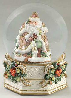 Globes - Fitz and Floyd Snowy Woods - Snow Globes Santa Snow Globe, Christmas Snow Globes, Very Merry Christmas, Christmas Is Coming, Christmas Holidays, Vintage Christmas, Vintage Snow Globes, Snowy Woods, Christmas China