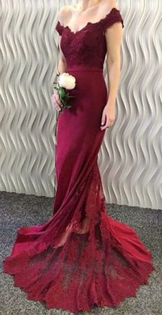 2017 Off-the-Shoulder Burgundy Lace Appliques Long Mermaid Prom Dresses