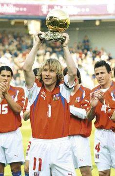 Pavel Nedved Ballon D'or 2003 Football Soccer, Football Players, Ballon D'or, We Are The Champions, Soccer Skills, Sports Training, European Football, Dream Team, Ronaldo