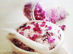 Petali di rosa essiccati, rosa, essiccare,sale alla rosa, sale del camargue