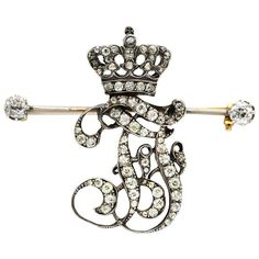 An Antique Diamond Brooch 1