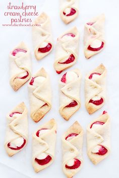 Strawberry Cream Cheese Pastries | www.diethood.com