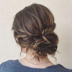 Side Messy Bun For Medium Hair #UpdosMediumHair