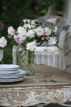 FRENCH COUNTRY COTTAGE: How to create rustic cottage charm on your patio