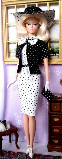 A study in black and white dots