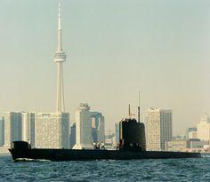 HMCS Okanagan and Toronto Skyline, 1968-1998, DND, Oberon-class submarine, Canada