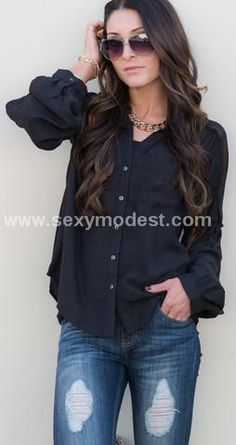 Love the sleeves on this blouse!