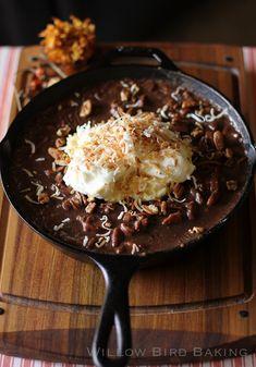 Gooey Chocolate Coconut Cream Skillet Cake by Willow Bird Baking Köstliche Desserts, Chocolate Desserts, Dessert Recipes, Chocolate Cast, Cupcake Recipes, Skillet Cake, Stewart, Tasty, Yummy Food