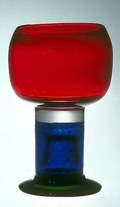 "KAJ FRANCK - Glass goblet ""Pokaali"" designed for Nuutajärvi Notsjö, Finland. Nordic Design, Kitchen Aid Mixer, Glass Design, Finland, Scandinavian, Glass Art, Cool Designs, Cocktail, Deco"