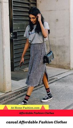 See what Margaret Zhang, Georgia Fowler, and more Australian style stars wore at Resort 2018 Fashion Week Down Under. See what Margaret Zhang, Georgia Fowler, and more Australian style stars wore at Resort 2018 Fashion Week Down Under. 30 Outfits, Cute Summer Outfits, Mode Outfits, Fashion Outfits, Fashion Trends, Casual Summer, Fashion Clothes, Casual Outfits, Sneakers Fashion