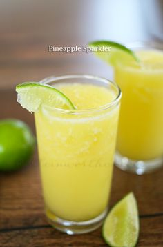 Make this Pineapple Sparkler Recipe drink before summer is gone! Bubbly and bright, this cocktail is perfect for enjoying some sunshine with friends on the back patio. Summer Drink Recipes, Summer Drinks, Fun Drinks, Healthy Drinks, Cocktail Recipes, Beverages, Cocktails, Non Alcoholic Drinks, Smoothies