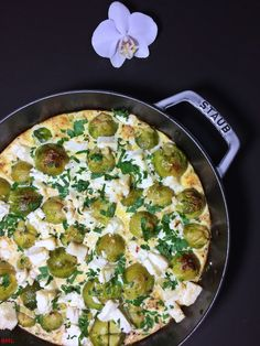 Brussels sprouts and feta pan- Rosenkohl-Feta-Pfanne Brussels sprouts-feta - Naan, Healthy Dinner Recipes, Vegetarian Recipes, Eat Smart, Vegetable Side Dishes, Different Recipes, Clean Eating, Veggies, Food And Drink