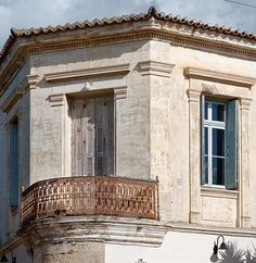 Neoclassical architecture gems at Chania | by giozaha