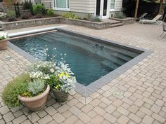 Coolest Small Pool Ideas with 9 Basic Preparation Tips – Futurist Architecture – Small Backyard Pools Small Swimming Pools, Small Backyard Pools, Backyard Pool Designs, Small Pools, Swimming Pools Backyard, Swimming Pool Designs, Backyard Landscaping, Backyard Ideas, Landscaping Company