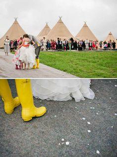 A Hippy Chic Teepee Farm Wedding Tipi Wedding, Farm Wedding, Church Ceremony, Creative Wedding Photography, Hippie Chic, Dolores Park, London, Teepees, Hippy Chic Style