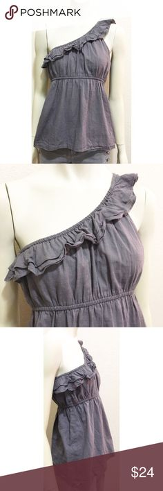 """Old Navy Small Gray One Shoulder Tank Top Excellent used condition one shoulder tank top by Old Navy. Size small. Elastic ruffle at neck/shoulder hem with elastic gathered waist. Fully lined. Shell and lining are 100% cotton. Length is approximately 24.5"""", bust is ~33"""". Elastic at waist and shoulder make this very stretchy! Old Navy Tops Tank Tops"""