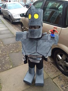 I made my son the iron giant costume out of cardboard