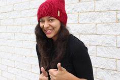 Crochet Flower Hat, Crochet Bows, Flower Hats, Winter Hats For Women, Slouchy Hat, Red Hats, Winter Accessories, Unisex Fashion, Knitted Hats