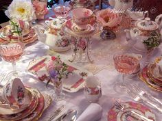 1940's pink and vintage! The prettiest pink and gold vintage china. classic and elegant Lady Carlyle table setting with antique crystal and lace. All available to hire from Rabbit and Rose