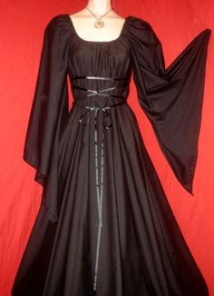 VAMPIRE - Ready to Mail - Plus Size Black Gothic Witch Halloween Fantasy Dress Gown Costume M. $49.99, via Etsy.
