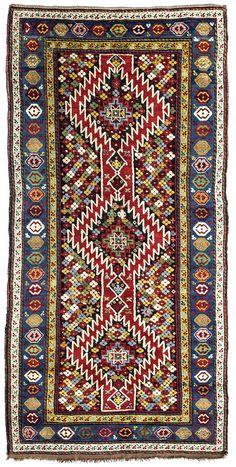 Karabagh       19. Jahrhundert    255 x 105 cm  I Teppiche und Textilien Max Lerch