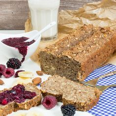 Vegan Banana-Quinoa Bread with Chia Jam (replace whole wheat flour w/all-purpose GF flour or maybe GF oat flour) Paleo Dessert, Vegan Desserts, Dessert Recipes, Healthy Bread Recipes, Milk Recipes, Sweet Recipes, Healthy Breads, Eating Healthy, Healthy Food