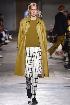 Wooyoungmi Spring 2017 Menswear Fashion Show