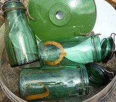 bocaux à conserve et suspension verte chez labrocantedenel.canalblog.com