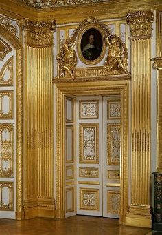 "wonderhome: "" Louis XIV's bedroom door photo. Beautiful Architecture, Architecture Design, Versailles Paris, Louis Xiv Versailles, Templer, Palaces, Bedroom Doors, Bedroom Furniture, Furniture Sets"
