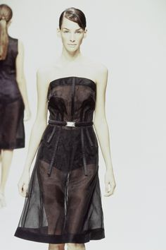 Prada Spring 1995 Ready-to-Wear Fashion Show Details