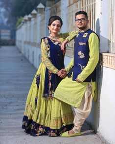 Order contact my whatsapp number 7874133176 Indian Wedding Gowns, Indian Gowns Dresses, Indian Bridal Outfits, Indian Bridal Fashion, Indian Designer Outfits, Wedding Lehenga Designs, Designer Bridal Lehenga, Bridal Lehenga Choli, Couple Wedding Dress