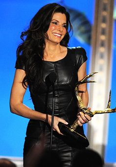 In June 2010,Sandra Bullock won the Troops Choice Award on Spike TV's Guy's Choice Awards in L.A.