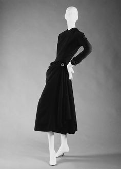 """""""Drag"""" House of Dior  (French, founded 1947) Designer: Christian Dior (French, Granville 1905–1957 Montecatini) Date: spring/summer 1948"""