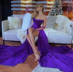 Dress Me Up, Fancy Dress, Purple Corset, Latest Instagram, Prom Dresses, Formal Dresses, Jumpsuit Dress, Sequin Dress, Beauty Women