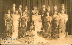 These Carnival Queen postcards reminds me of the elegant pageantry during the American colonial period. The Carnival beauty contest. Miss Philippines, Manila Philippines, Filipino Fashion, Philippine Holidays, Philippine Women, Egyptian Costume, Filipiniana, Queen Photos, Lucky Ladies