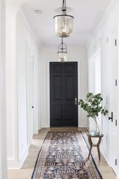Hallway Decorating, Entryway Decor, Entryway Ideas, Decorating Tips, Entryway Stairs, Hallway Console, Decorating Bedrooms, White Trim, Home Design