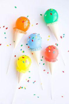 Birthday Diy Crafts For Kids Fun Ideas Balloon Decorations, Birthday Party Decorations, Balloon Ideas, Kids Crafts, Diy Ballon, Ballon Crafts, Diy Party Dekoration, Mini Ice Cream Cones, Candy Party