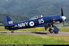 Sea-Fury_AP2013_1682_800.jpg 800×533 pixels