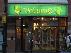 Bookstore in Montreal, Canada May 08 020 by Literary Tourist, via Flickr