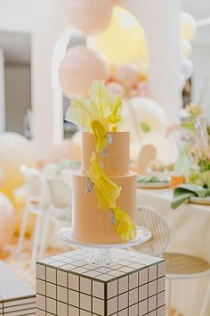We just know this bridal shower going to be everywhere. Between the color palette & hip design this floral bridal brunch is Pinterest worthy! Wedding Desserts, Wedding Cakes, Pastel Cupcakes, 100 Layer Cake, Pretty Pastel, Sorbet, Eat Cake, Bridal Shower, Wedding Planning