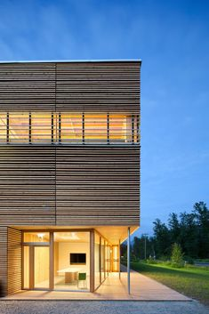 Gallery of BC Passive House Factory / Hemsworth Architecture - 1