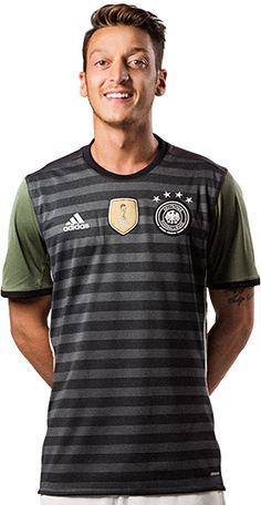 DFB-Trikot Away http://fashionforfitness.de/dfb-auswaertstrikot-fuer-die-euro-2016-in-grau/