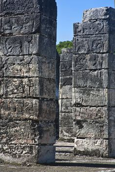 Group of a columns, Chichen Itza detal Photo courtesy Thomas Blur Background In Photoshop, Blur Image Background, Blur Background Photography, Desktop Background Pictures, Blue Background Images, Studio Background Images, Picsart Background, Inca, Portraits