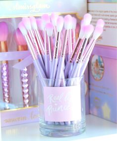 Oooo fit for a princess makeup brushes