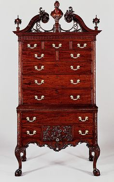 Late century mahogany, tulip poplar and yellow pine high chest of drawers. The intricate carving would have been done by highly skilled English trained craftsmen. Classic Furniture, Furniture Styles, Fine Furniture, Furniture Design, Furniture Logo, Cedar Furniture, Furniture Makers, Colonial Furniture, Furniture Outlet