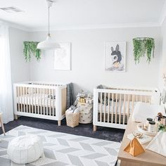 The very best things in life are worth the wait and this gorgeous twins nursery from @nashstyling has been a long time coming! It's seriously dreamy.